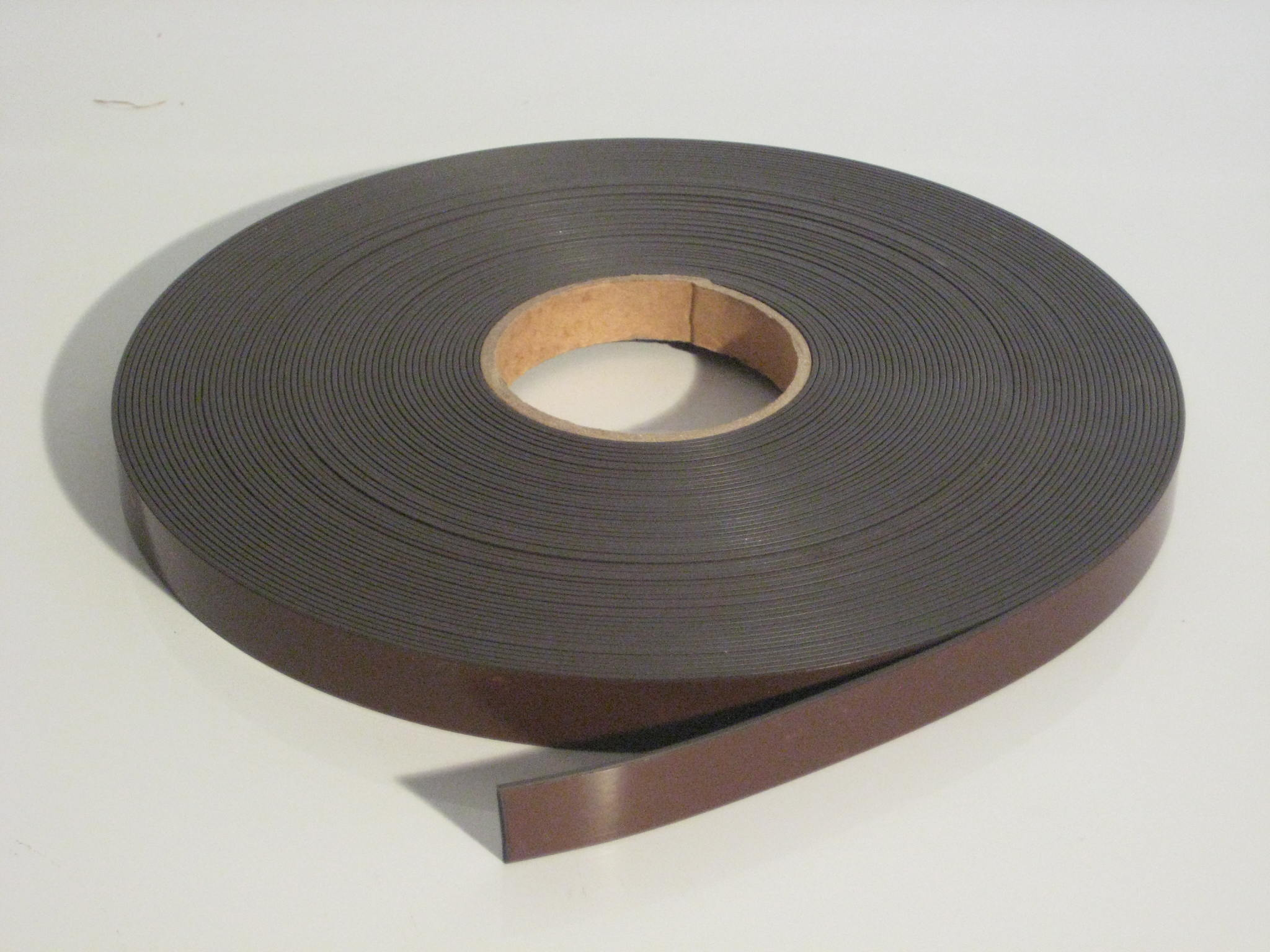 Compare and contrast magnetic tapes magnetic